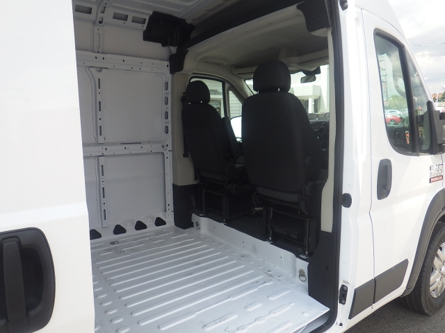 2017 ProMaster 3500 High Roof Cargo Van #DH301 - photo 33