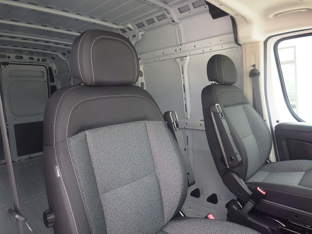 2017 ProMaster 3500 High Roof Cargo Van #DH301 - photo 36