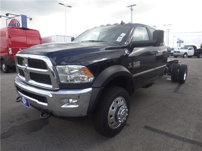2017 Ram 4500 Crew Cab DRW 4x4 Cab Chassis #DH371 - photo 8