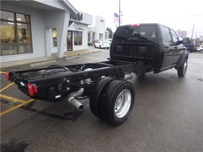 2017 Ram 5500 Crew Cab DRW 4x4 Cab Chassis #DH404 - photo 2