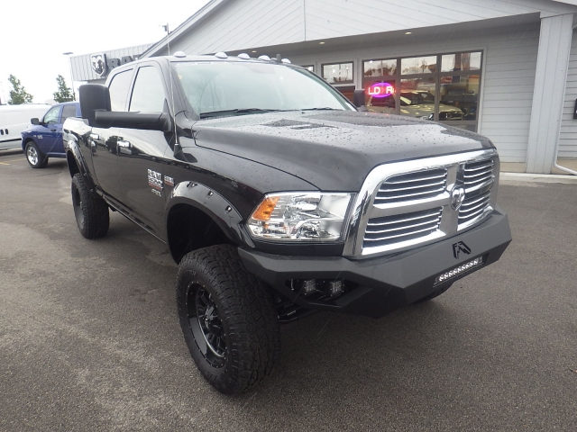 2017 Ram 2500 Crew Cab 4x4, Pickup #DH408 - photo 3