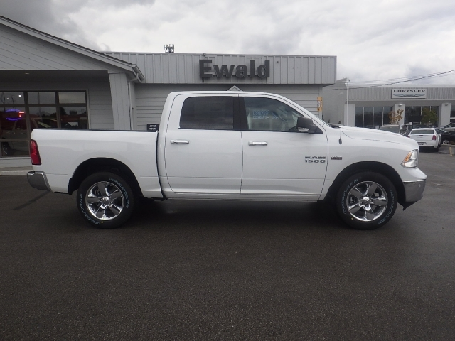 2018 Ram 1500 Crew Cab 4x4, Pickup #DJ108 - photo 3