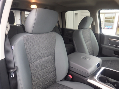 2018 Ram 1500 Crew Cab 4x4, Pickup #DJ108 - photo 33
