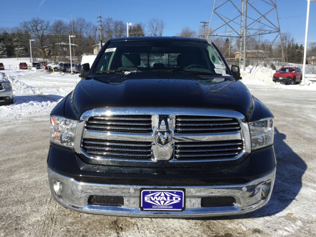 2018 Ram 1500 Crew Cab 4x4, Pickup #DJ110 - photo 7