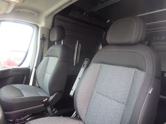 2018 ProMaster 2500 Cargo Van #DJ121 - photo 13