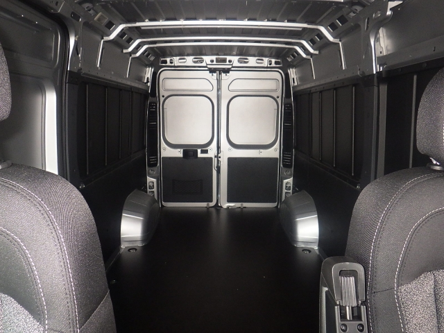 2018 ProMaster 2500 Cargo Van #DJ121 - photo 26