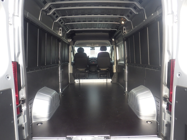 2018 ProMaster 2500 Cargo Van #DJ121 - photo 2