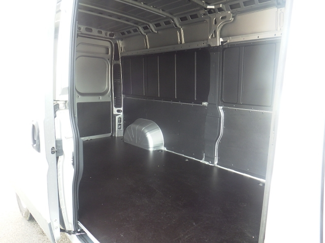 2018 ProMaster 2500 Cargo Van #DJ121 - photo 31