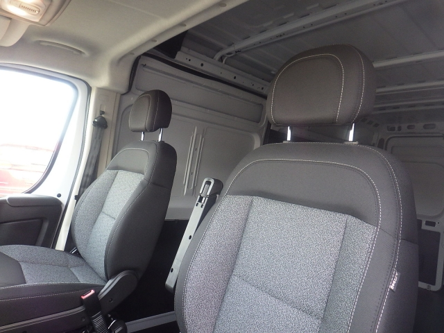 2018 ProMaster 2500 Cargo Van #DJ123 - photo 13