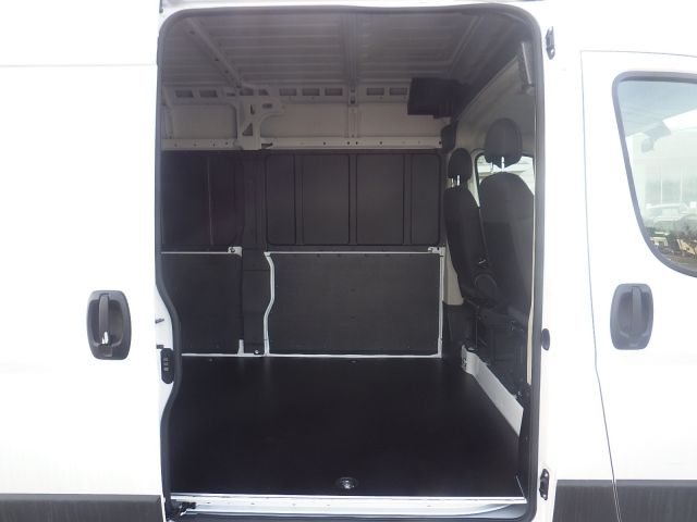 2018 ProMaster 2500 Cargo Van #DJ123 - photo 31