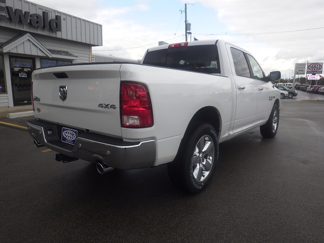 2018 Ram 1500 Crew Cab 4x4 Pickup #DJ132 - photo 2