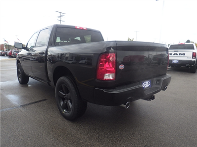 2018 Ram 1500 Crew Cab 4x4 Pickup #DJ134 - photo 5