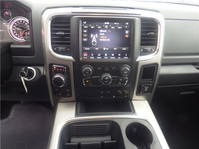 2018 Ram 1500 Crew Cab 4x4, Pickup #DJ146 - photo 21