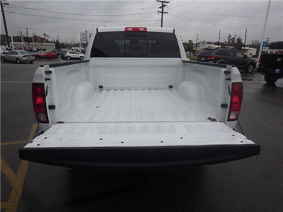 2018 Ram 1500 Crew Cab 4x4, Pickup #DJ146 - photo 35