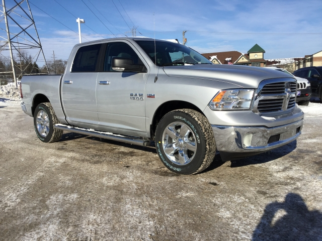 2018 Ram 1500 Crew Cab 4x4, Pickup #DJ152 - photo 4