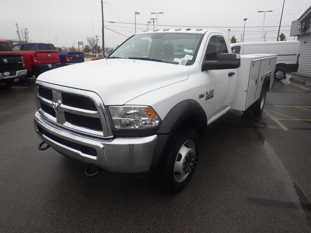 2017 Ram 4500 Regular Cab DRW 4x4 Service Body #DJ153 - photo 24
