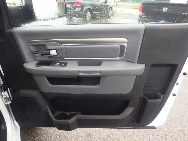 2017 Ram 4500 Regular Cab DRW 4x4 Service Body #DJ153 - photo 50