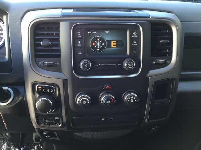 2018 Ram 1500 Crew Cab 4x4, Pickup #DJ171 - photo 10