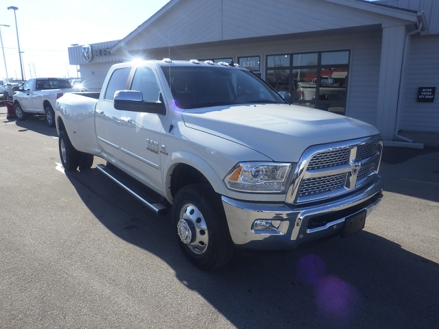 2018 Ram 3500 Crew Cab DRW 4x4, Pickup #DJ173 - photo 3