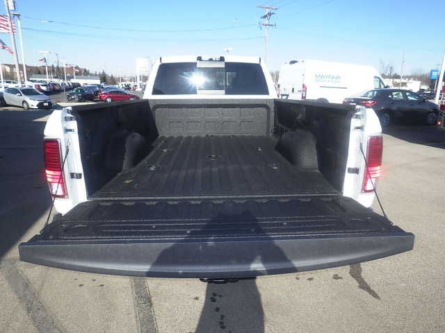 2018 Ram 3500 Crew Cab DRW 4x4, Pickup #DJ173 - photo 34
