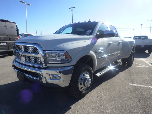 2018 Ram 3500 Crew Cab DRW 4x4, Pickup #DJ173 - photo 8