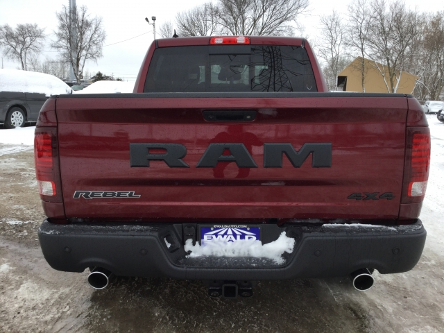 2018 Ram 1500 Crew Cab 4x4, Pickup #DJ175 - photo 6