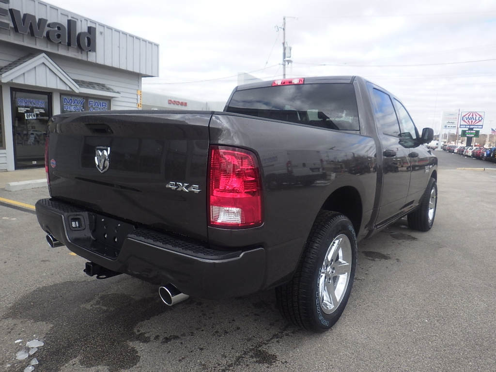 2018 Ram 1500 Crew Cab 4x4, Pickup #DJ225 - photo 2