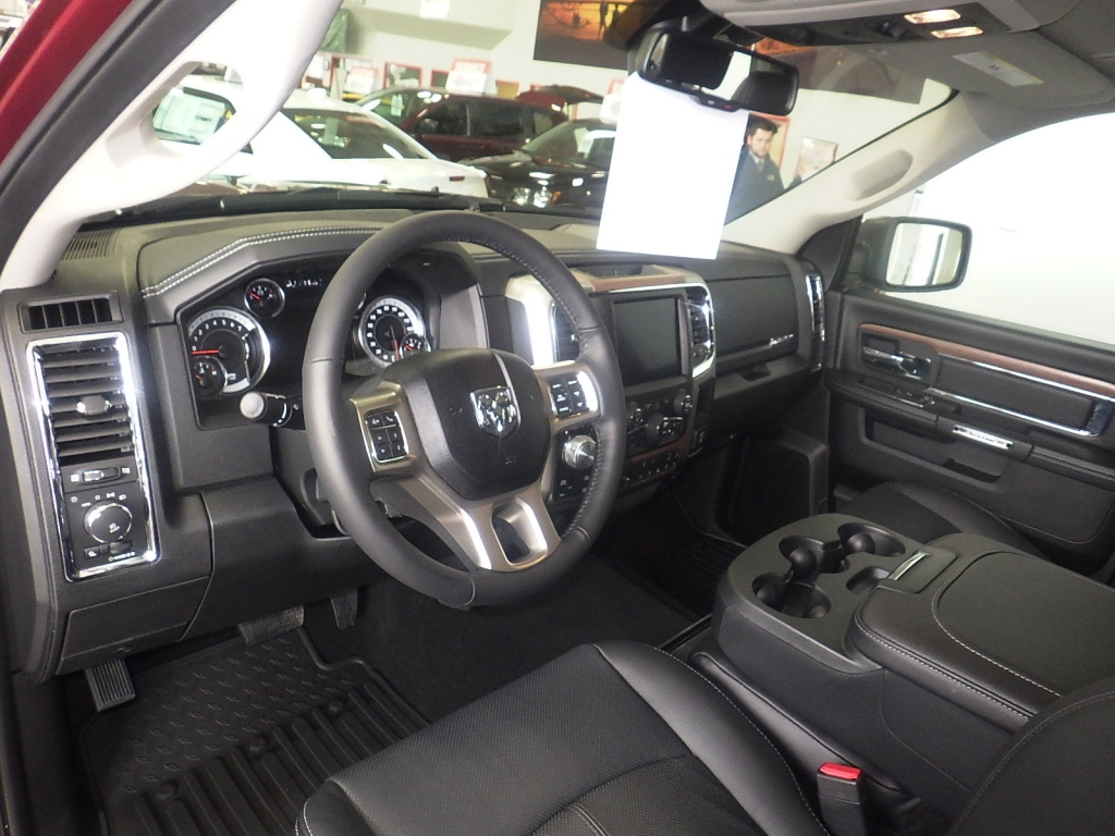 2018 Ram 1500 Crew Cab 4x4, Pickup #DJ259 - photo 16