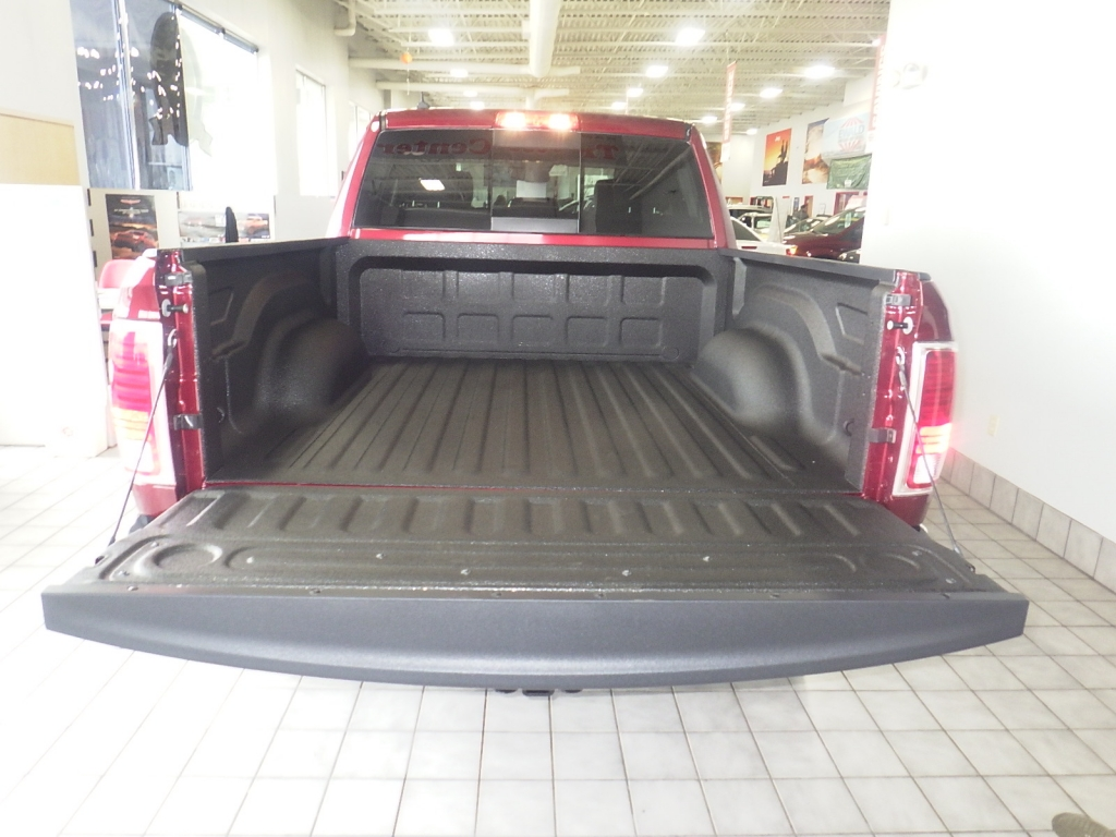 2018 Ram 1500 Crew Cab 4x4, Pickup #DJ259 - photo 23