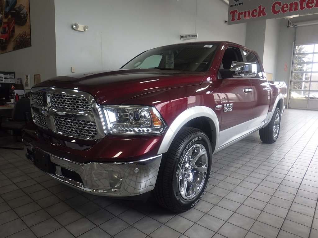 2018 Ram 1500 Crew Cab 4x4, Pickup #DJ259 - photo 7