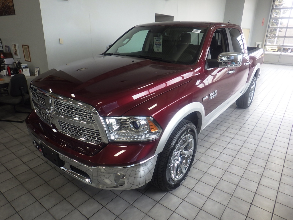 2018 Ram 1500 Crew Cab 4x4, Pickup #DJ259 - photo 8