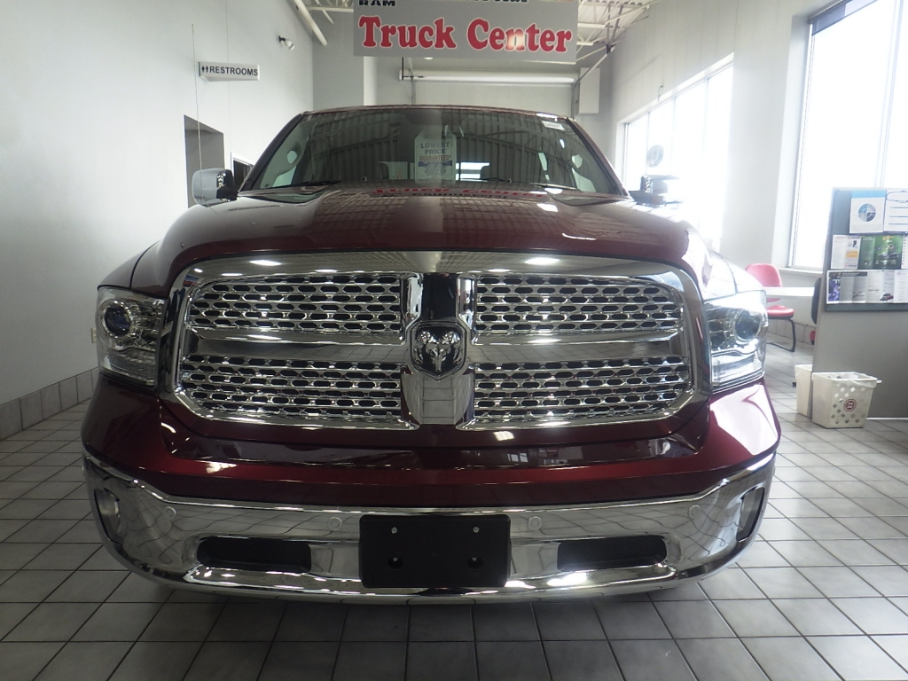 2018 Ram 1500 Crew Cab 4x4, Pickup #DJ259 - photo 9