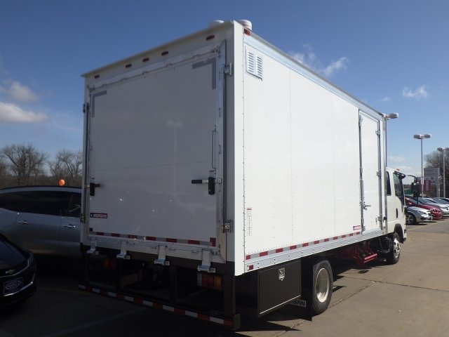 2016 LCF 3500 Crew Cab, Morgan Other/Specialty #16C1696 - photo 2