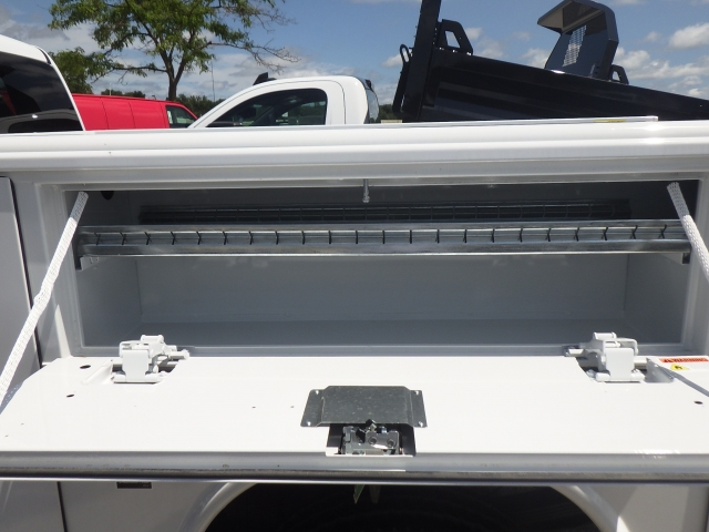 2017 Silverado 2500 Regular Cab 4x4, Reading Classic II Steel Service Body #17C1271 - photo 27