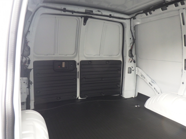 2017 Express 2500 Cargo Van #17C1530 - photo 10
