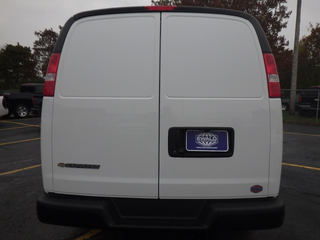 2017 Express 2500 Cargo Van #17C1530 - photo 12
