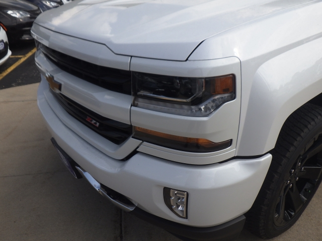 2018 Silverado 1500 Crew Cab 4x4 Pickup #18C114 - photo 14