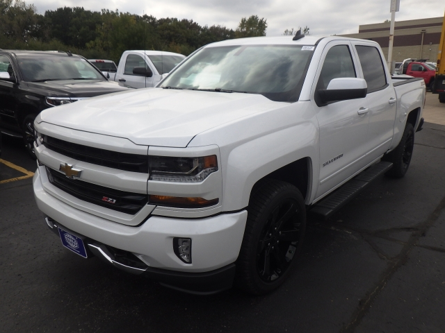 2018 Silverado 1500 Crew Cab 4x4 Pickup #18C114 - photo 16