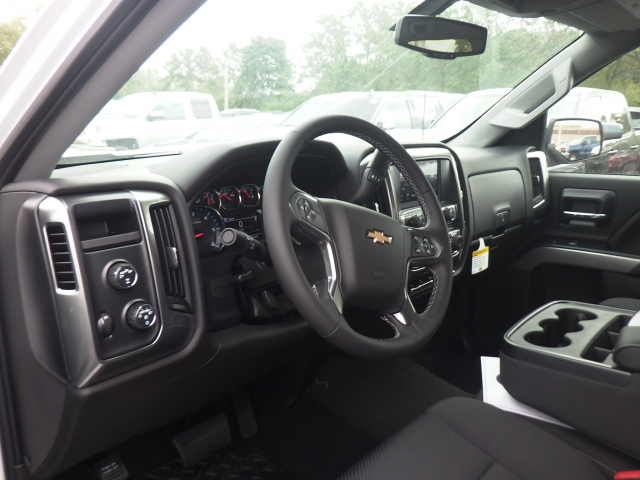 2018 Silverado 1500 Crew Cab 4x4 Pickup #18C114 - photo 20