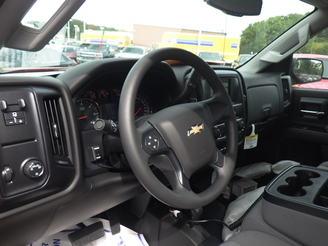 2018 Silverado 2500 Regular Cab 4x4, Pickup #18C119 - photo 17
