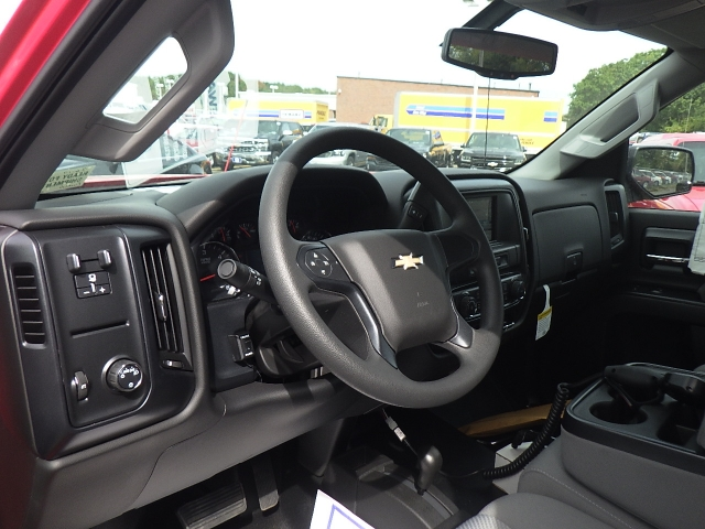 2018 Silverado 2500 Regular Cab 4x4, Pickup #18C120 - photo 16