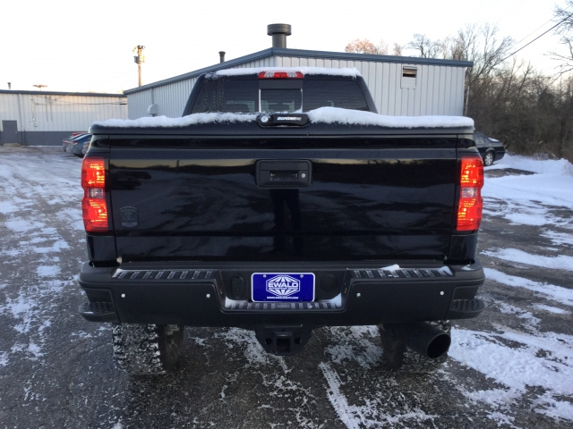 2018 Silverado 2500 Crew Cab 4x4, Pickup #18C128 - photo 17