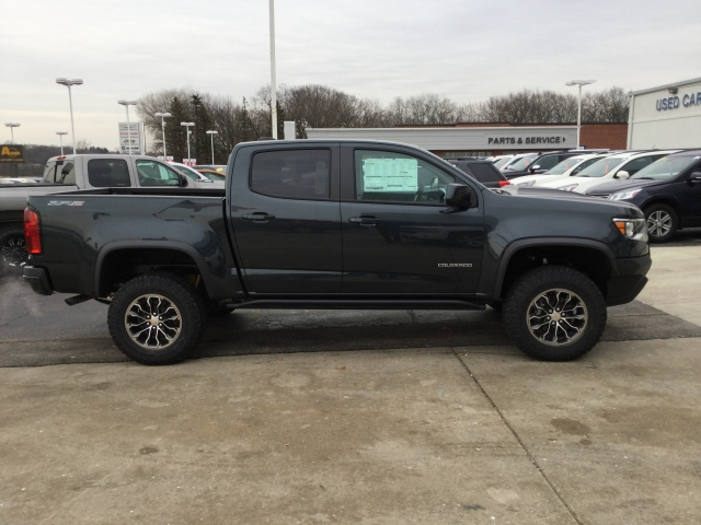 2018 Colorado Crew Cab 4x4 Pickup #18C289 - photo 3