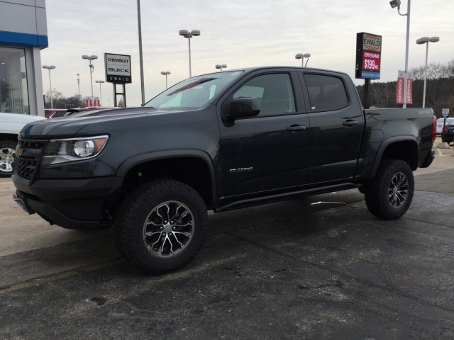 2018 Colorado Crew Cab 4x4 Pickup #18C289 - photo 10