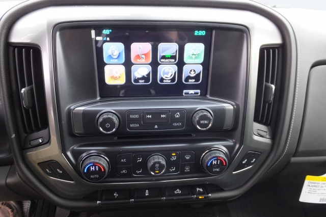 2018 Silverado 3500 Crew Cab, Pickup #18C297 - photo 28