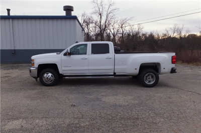 2018 Silverado 3500 Crew Cab, Pickup #18C297 - photo 10
