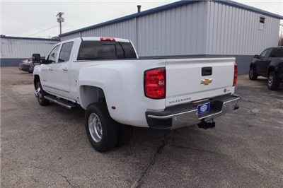 2018 Silverado 3500 Crew Cab, Pickup #18C297 - photo 2