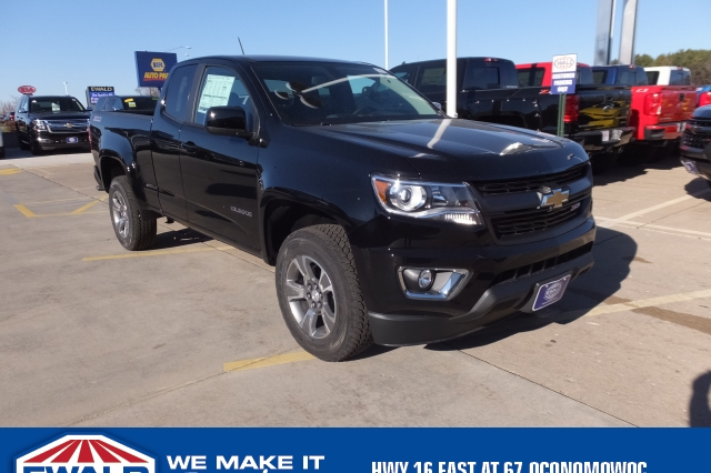 2018 Colorado Extended Cab 4x4 Pickup #18C308 - photo 1