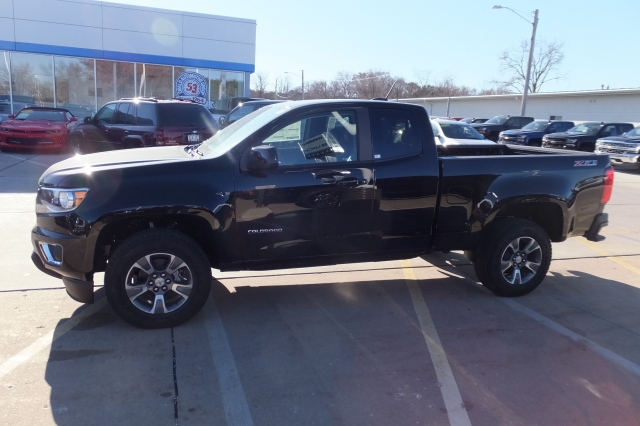 2018 Colorado Extended Cab 4x4 Pickup #18C308 - photo 6
