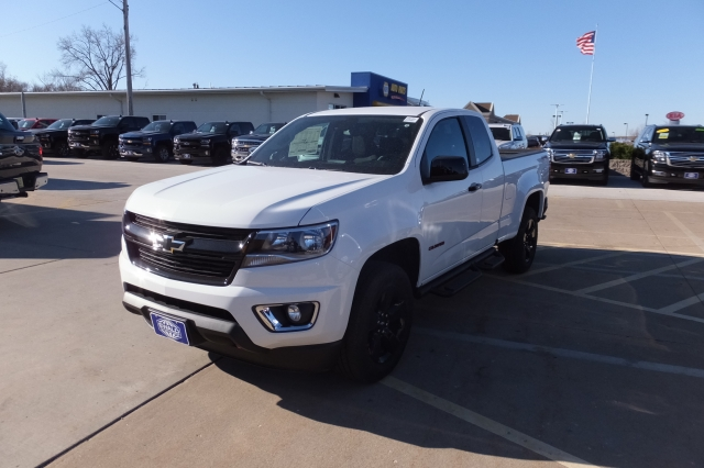 2018 Colorado Extended Cab 4x4, Pickup #18C351 - photo 13